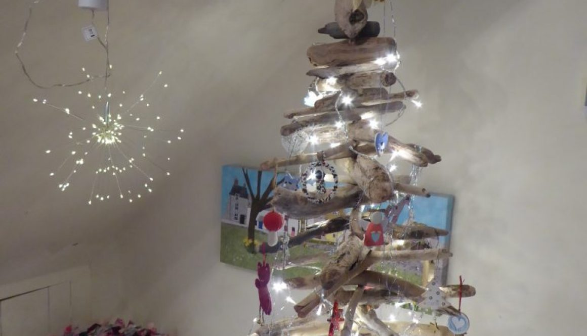 Driftwood Christmas Tree
